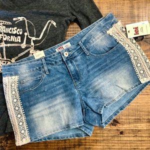 Boho Crochet Trim LEI Ashley Jean Shorts Size 11